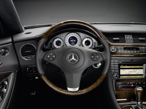 Mercedes CLS Grand Edition - Tableau de bord