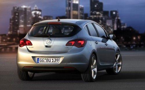 Opel Astra 2010 - arrière