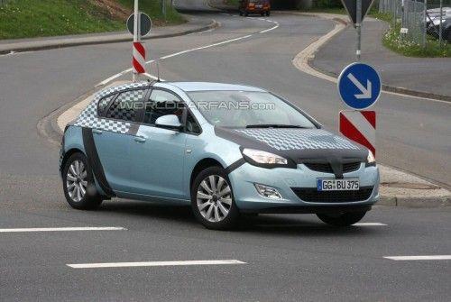 Opel Astra 2010 - Prototype 5 portes