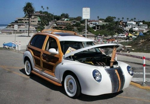 1280x855-Chrysler-PT-Cruiser-Woody-Custom
