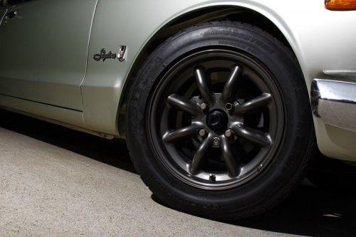 1970-Nissan-Skyline-GT-R-9