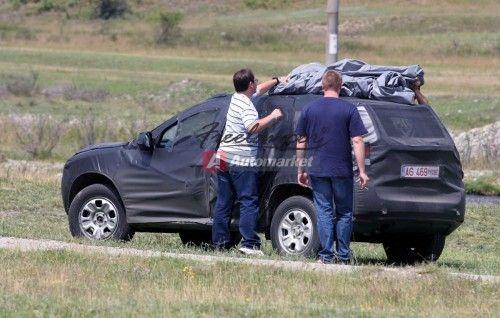 2010-Dacia-Duster-2