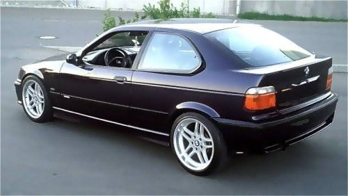 bmw_323_compact_rear_view