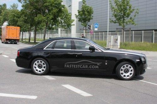 Rolls-Royce Ghost - Noire
