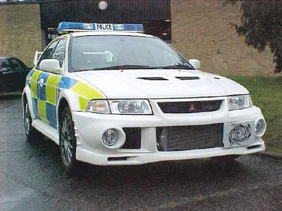castor___troy_1141685571_mitsubishi_lancer_evo_6_police_car
