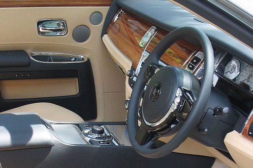 rolls-royce-ghost-dashboard