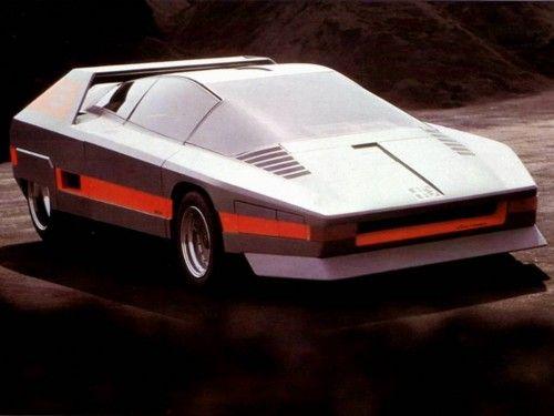 1976_Bertone_Alfa-Romeo_Navajo