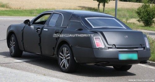 2010_grand_bentley_arnage_replacement_spy_shots_july_004-0730-950x650