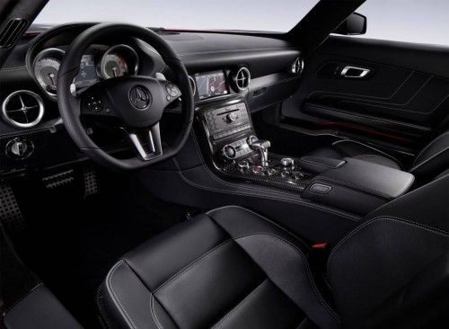 2011_mercedes_benz_sls_interior