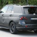 2012_mercedes_benz_ml_class_spy_shots_june_006-0628-950x650