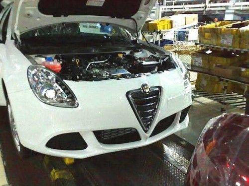 Alfa Romeo Milano sur chaine d'assemblage