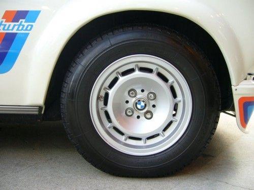 BMW-2002-Turbo-8