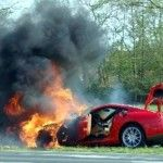 Ferrari 599 en feu