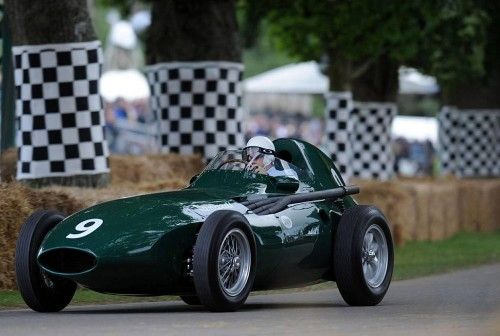 Goodwood_S.Moss sur Vanwall