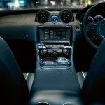 Jaguar-XJ_2010_1280x960_wallpaper_30