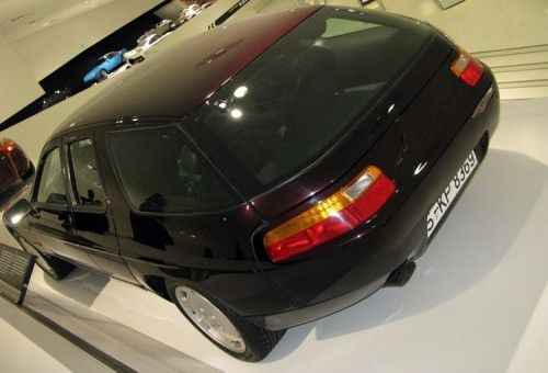 Porsche 928 break