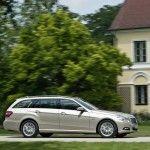 2010-Mercedes-E-Class-Estate-2