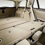 2010-Mercedes-E-Class-Estate-20
