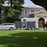 2010-Mercedes-E-Class-Estate-3