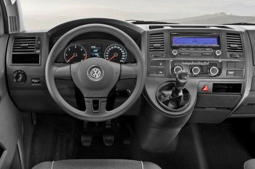 2010-Volkswagen-T5-5
