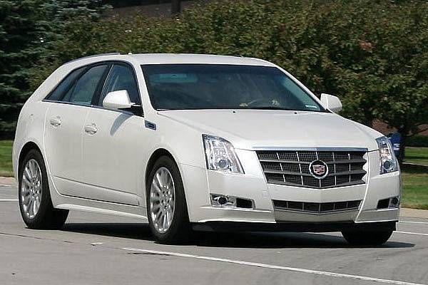 Cadillac_CTS_Sportwagon_01