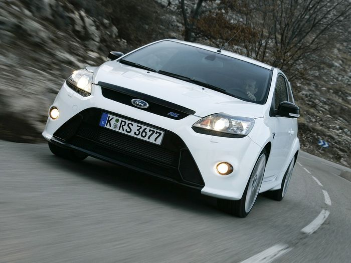 Ford-Focus-RS