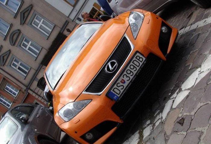 Lexus-IS-F-Lambo-5