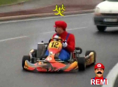 Rémi Gaillard is MarioKart
