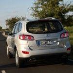 2010-Hyundai-Santa-Fe-2