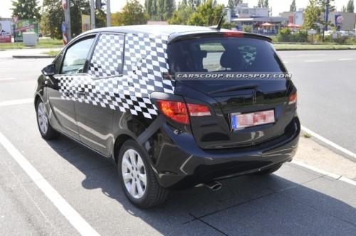 2010-Opel-Meriva-10