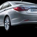 2011_Hyundai_Sonata_4
