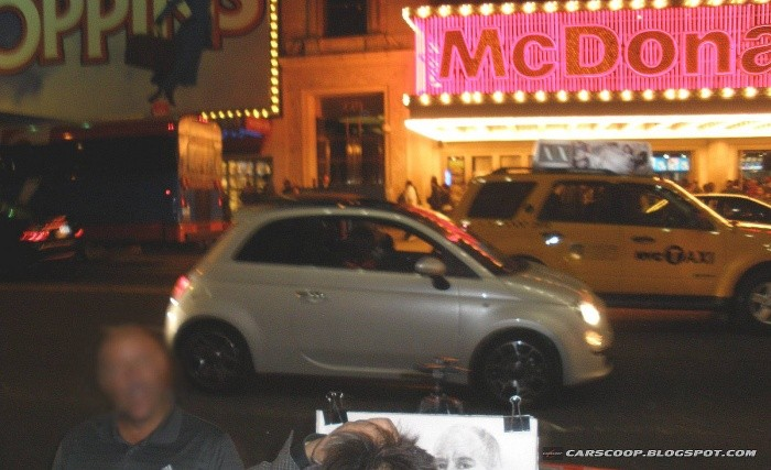 Fiat-500-Times-Square-1
