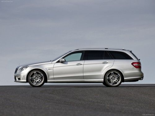 Mercedes-Benz-E63_AMG_Estate_2010_0c