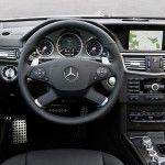 Mercedes-Benz-E63_AMG_Estate_2010_15