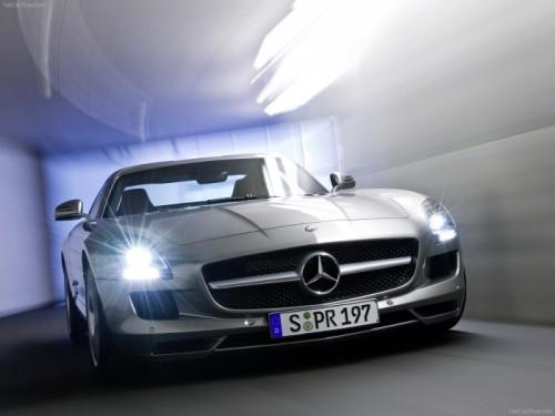 Mercedes-Benz-SLS_AMG_2011_1