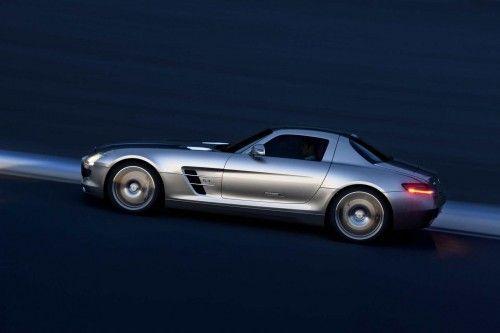 Mercedes-SLS-AMG-25