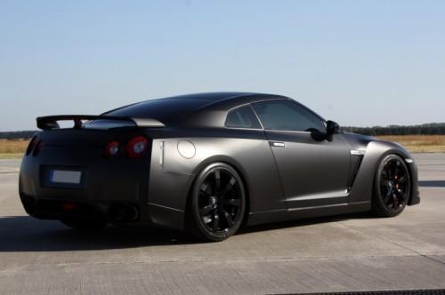 Nissan-GT-R-Avus-Performance-1