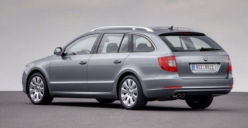 Skoda-Superb-Estate-18