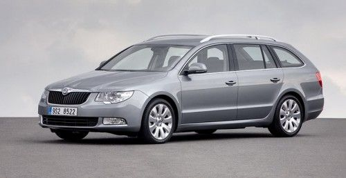 Skoda-Superb-Estate-24