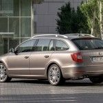 Skoda-Superb-Estate-47