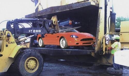 Une Aston DB7 pour le plaisir de Cash for Clunkers