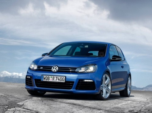 Volkswagen-Golf_R_2010_05