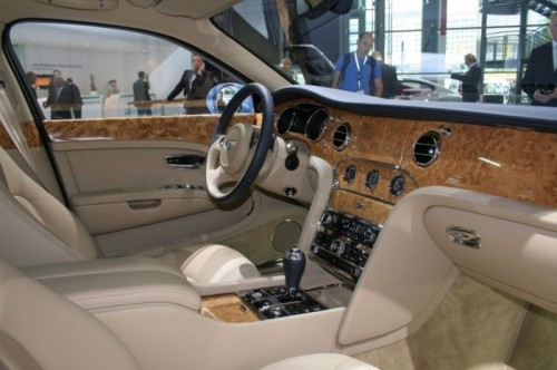 bentley-mulsanne-v8-57285