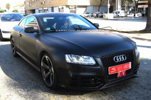 2010-Audi-RS5-Coupe-2