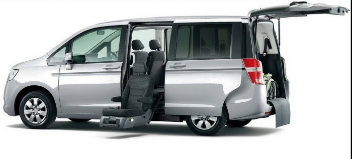 honda step wagon la camionnette familiale de honda blog automobile. Black Bedroom Furniture Sets. Home Design Ideas