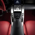 24-lexus-lfa-press