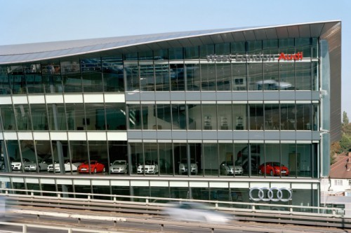 Audi-Center-West-London-3