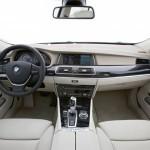 BMW-5-Series_Gran_Turismo_2010_4