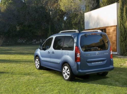 Citroen-Berlingo_Multispace_2009_1