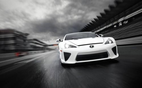 Lexus-LFA_2011_1